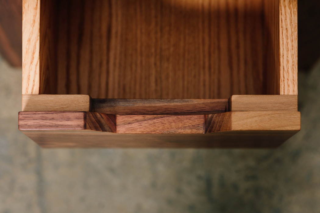 bellwether_table_occasional_07