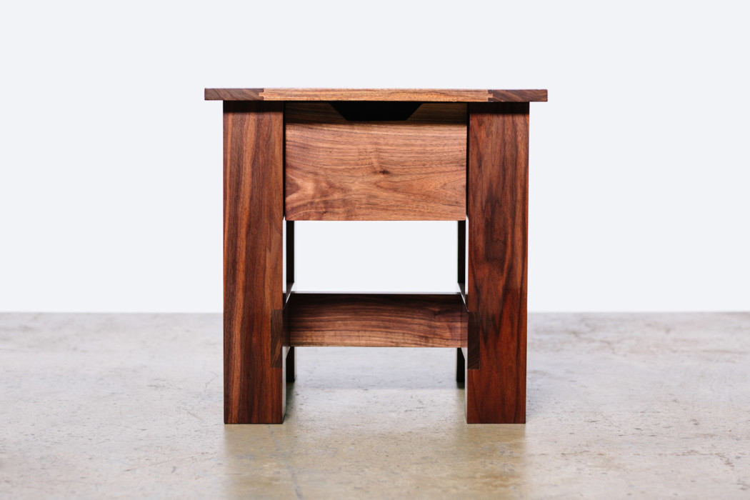 bellwether_table_occasional_01