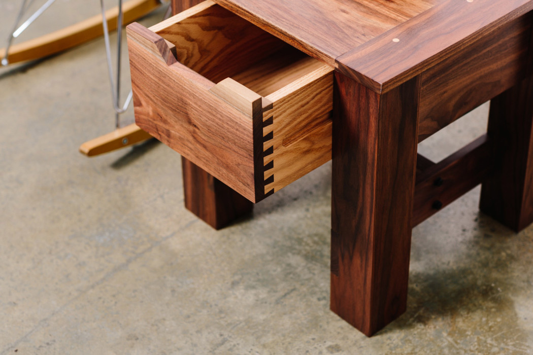 bellwether_table_occasional_05
